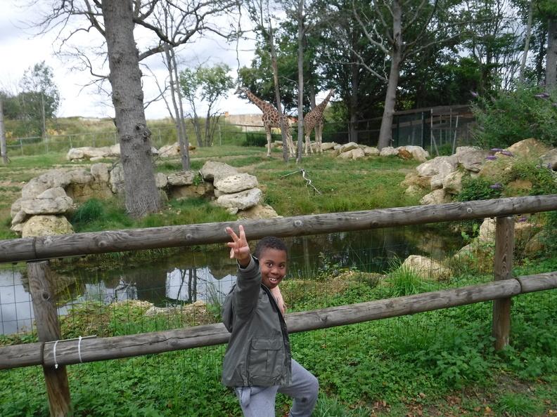 Un élève de l'IME au zoo